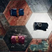 Одна из самых популярных моделей наших сумок BAG-FIVE в наших любимых цветах. Идеально для любого любителя Ножей, доступна к заказу на сайте. #knife #knifeporn #нож #складнойнож #русскийножевойинстаграм #knifetomeetyou