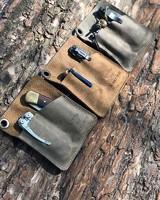 Вот и первые фотографии новых карманных холдеров. Широкие и глубокие карманы, размеры позволяют носить и в карманах джинс, курток или сумок, люверс для ремешка или темляка. В начале недели добавим на сайт, оооочень довольны) #русскийножевойинстаграм #нож #складнойнож #туризм #охота #рыбалка #edc #buckknives #leathermantools